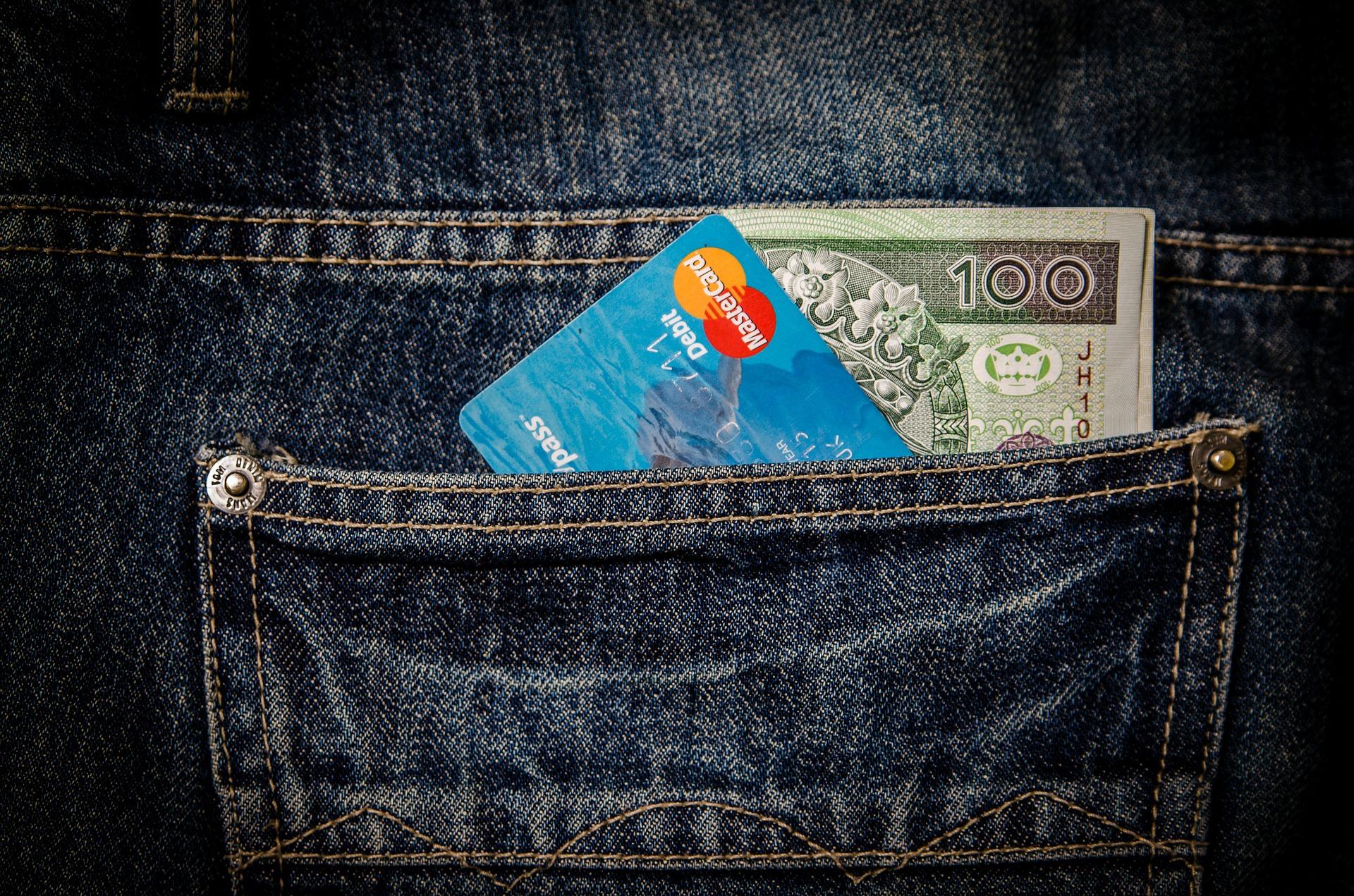 money-256281_1920